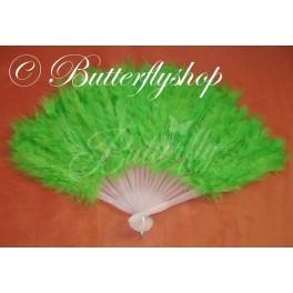 Zelený vejár z pštrosieho peria